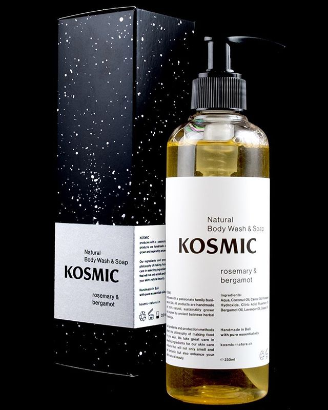 100% natural body wash & soap with pure rosemary and bergamot essential oil. Did you know that rosemary is said to be antimicrobial and antiseptic while toning your skin and getting rid of dryness? Perfect soap, no?! 🌲🍋 #naturalcosmetics #bodywash #soap #kosmic #antiseptic #desinfectant #essentialoils #naturelove #bergamot #rosemary #coconutoil #lavender #nopalm #noparabens #nosls #nosynthetics #noanimaltests #nomineraloils #recycledplastic #smellinggood #happyshower