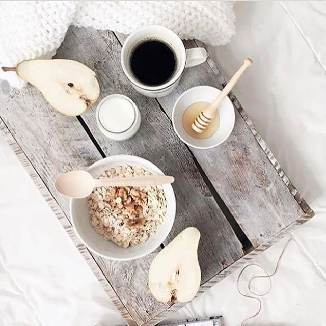Bank holiday Monday bliss ♥️ . . . . #tealeaves #tea #oats #foodie #food #foodshare #foodstagram #girls #women #period #cup #cherries #breakfastinbed #scandinaviandesign #dreamteam ##instagood #instadaily #pretty #foodphotography 📸 @scandilovegiftco