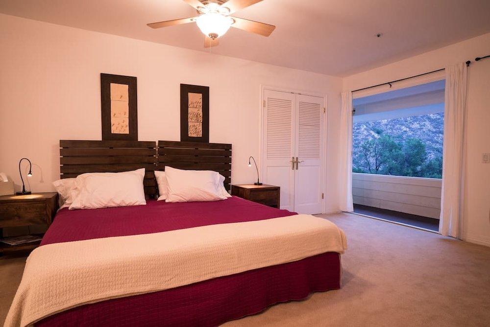 ojai bedroom.jpg