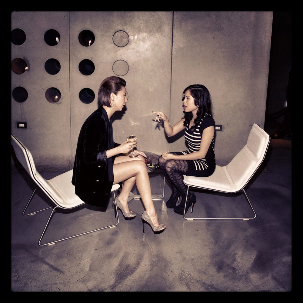conversation_gossip_moments.jpg