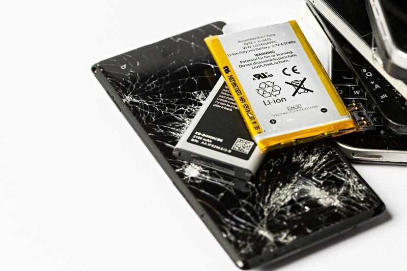 broken_phone_parts.jpg
