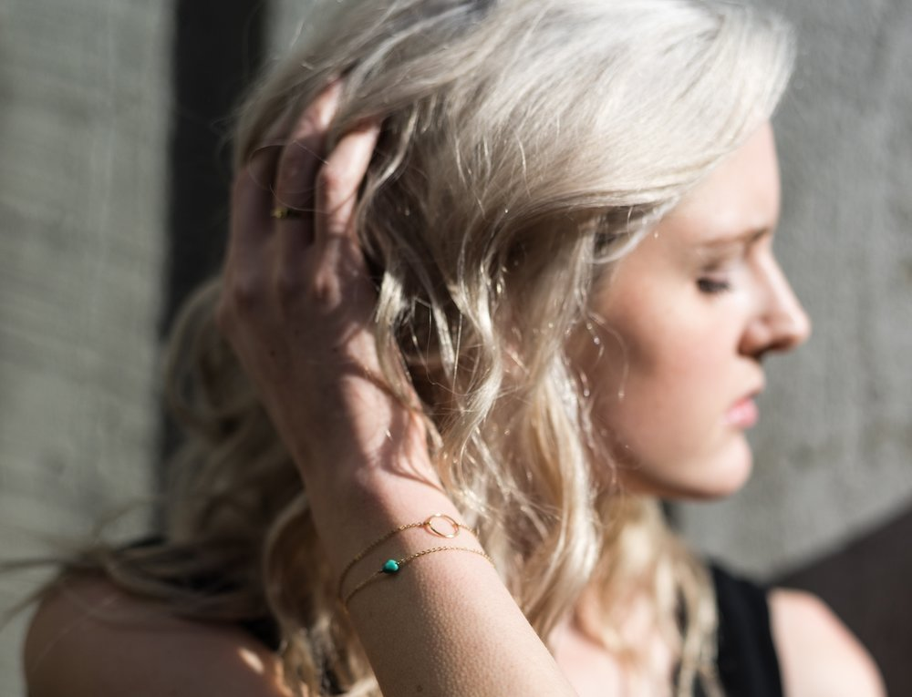 SHOP  ∙    delicate bracelets