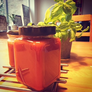 Home made tomato ketchup