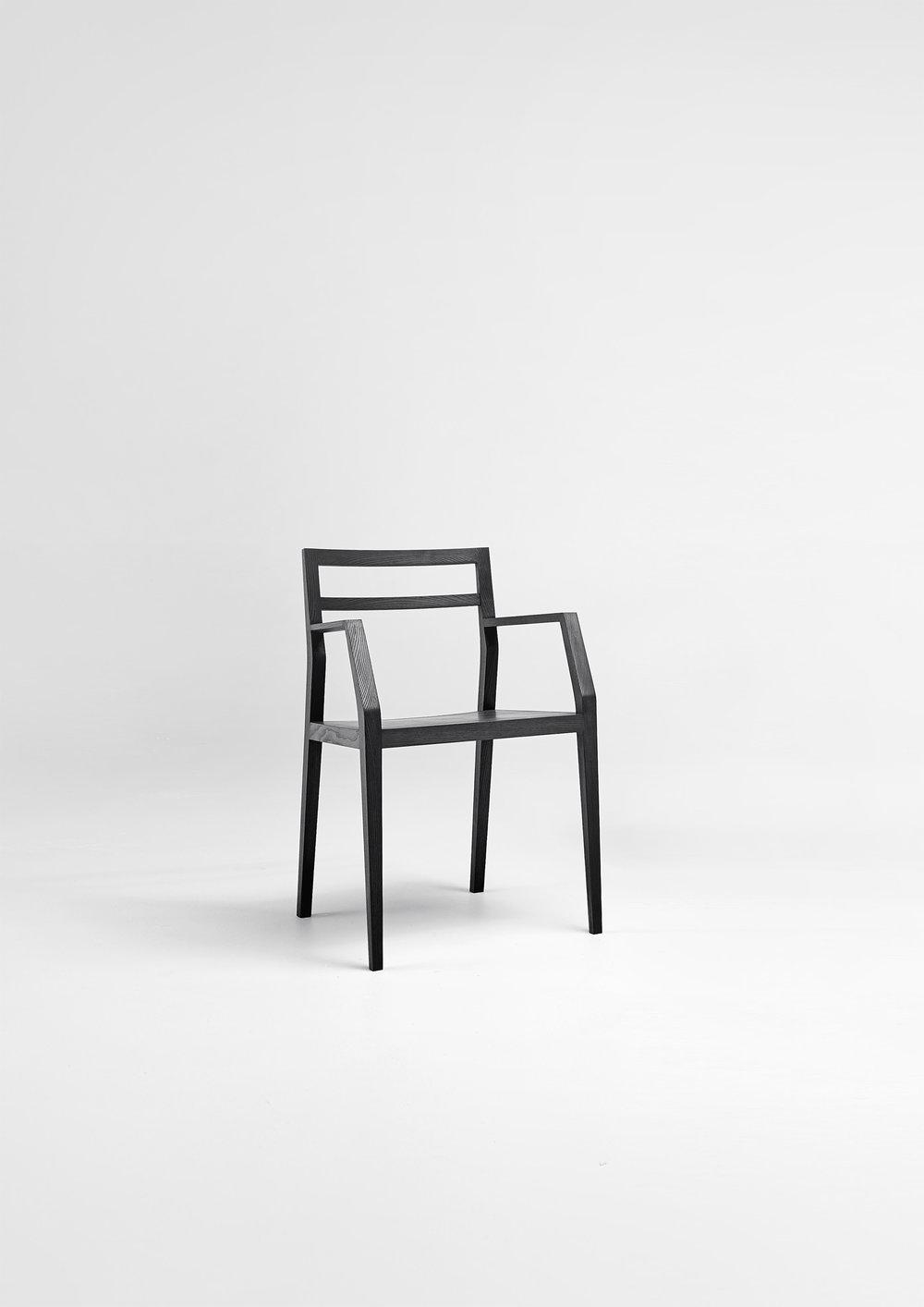 BE_M1105_emma_chair_2121x3000.jpg