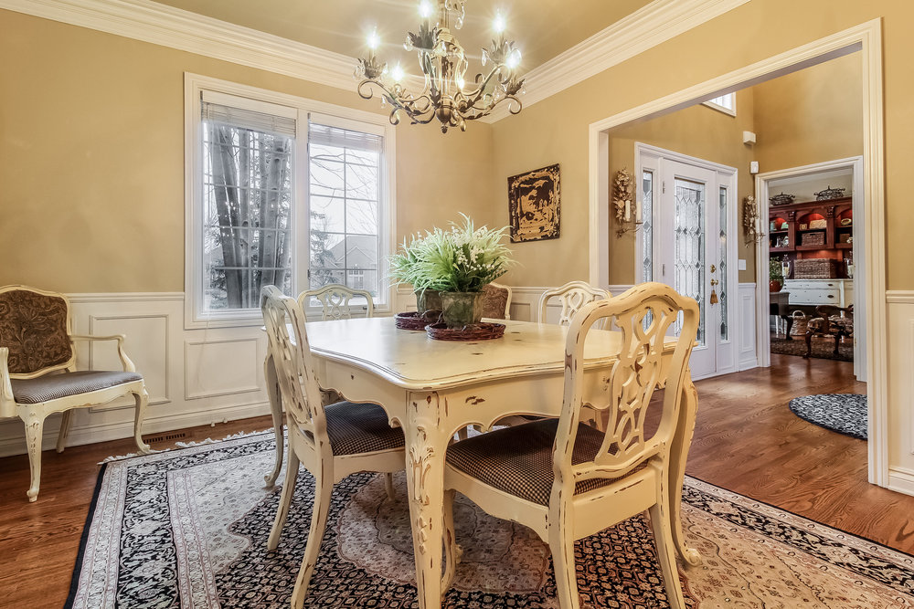 010-Dining_Room-5442237-medium.jpg