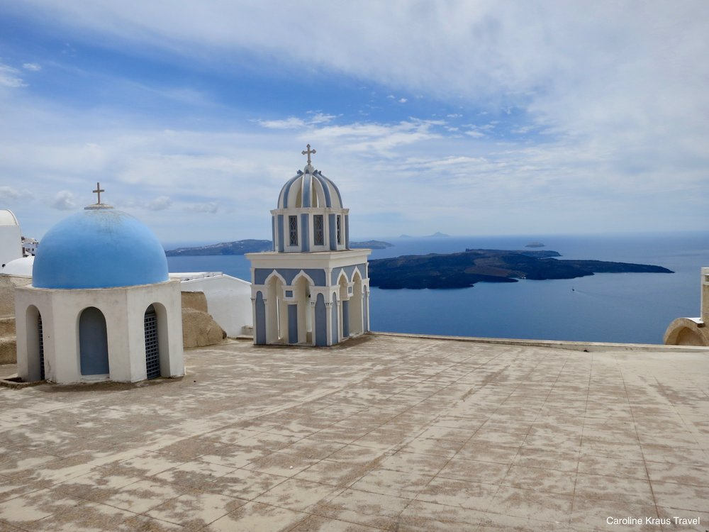 Six Reasons Santorini, Greece Is My Favorite Place In The World | carolinelkraus.com