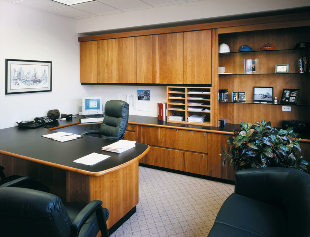 TOM-TESCHNER-OFFICE-2x.jpg