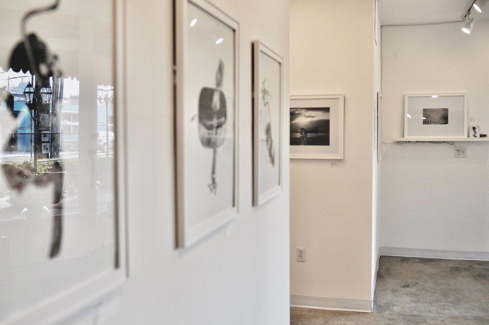 gallery walls.jpg