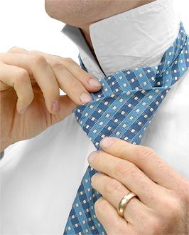 double-windsor-howtovideo.jpg