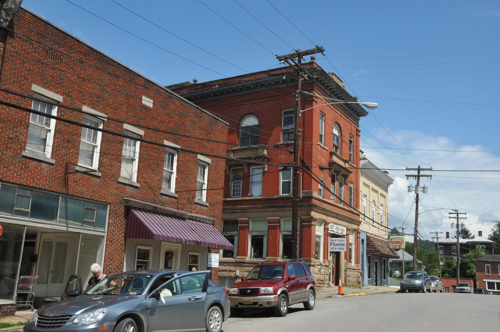 WEST_UNION_DOWNTOWN_HISTORIC_DISTRICT,_DODDRIDGE_COUNTY,_WV;.JPG