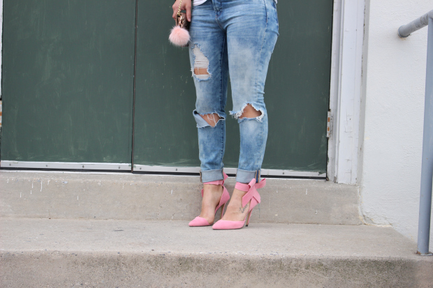 Ripped-Denim-Jeans_5.jpg