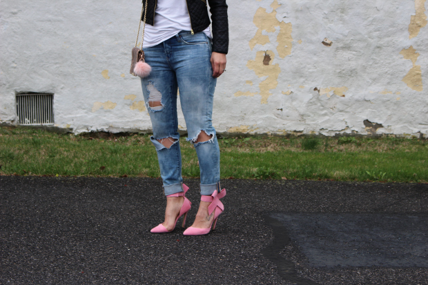 Ripped-Denim-Jeans_1.jpg