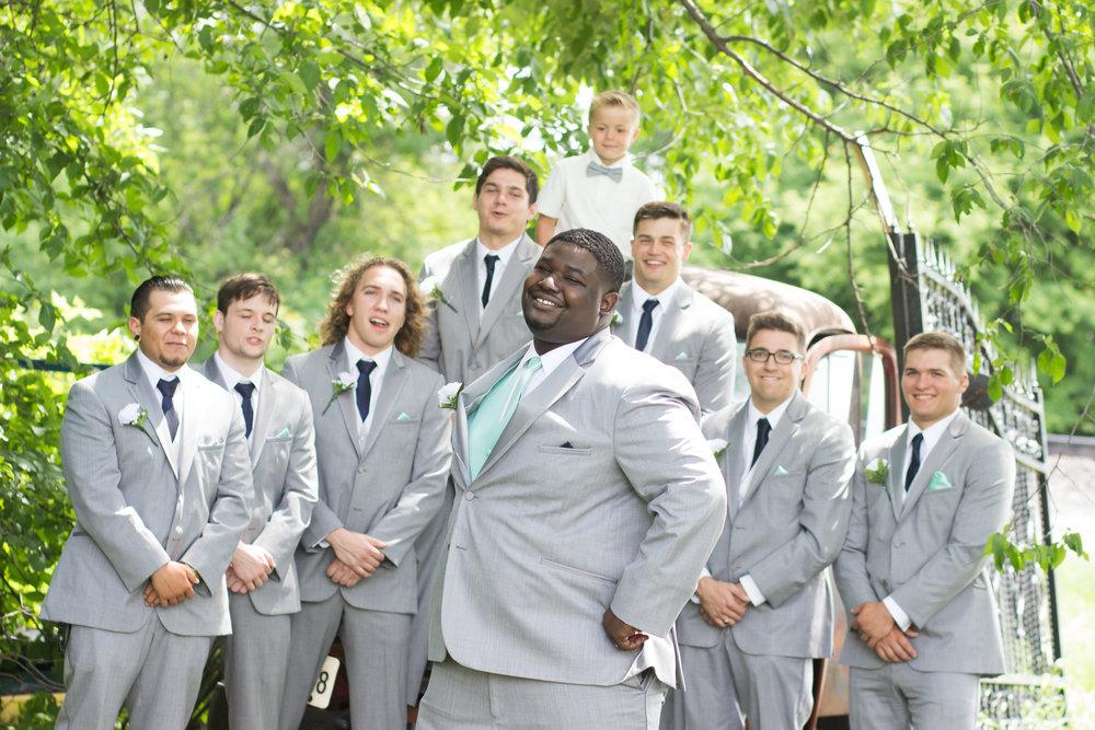 grooms-17.jpg