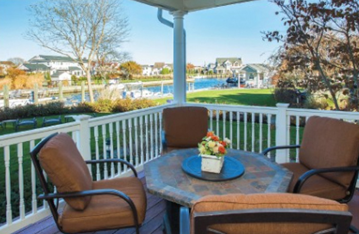 A Waterfront Gem: Boater's Delight in Babylon  Long Island Press