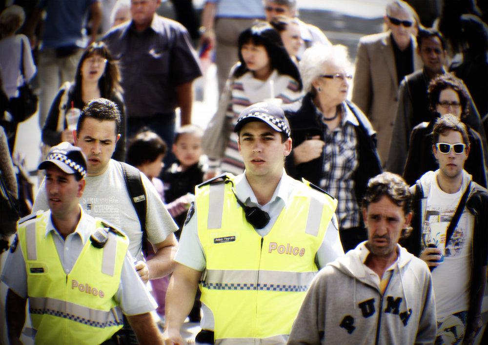 Munro_crowds_006.jpg