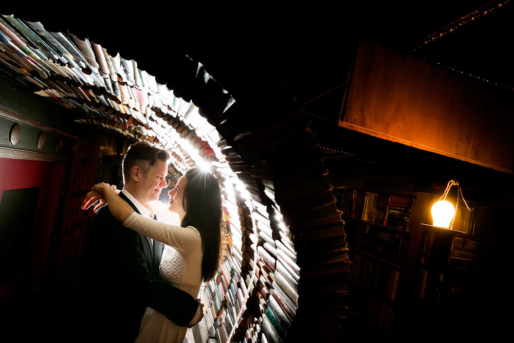 01-the-last-bookstore-wedding-photographer-engagement-session-photos.jpg