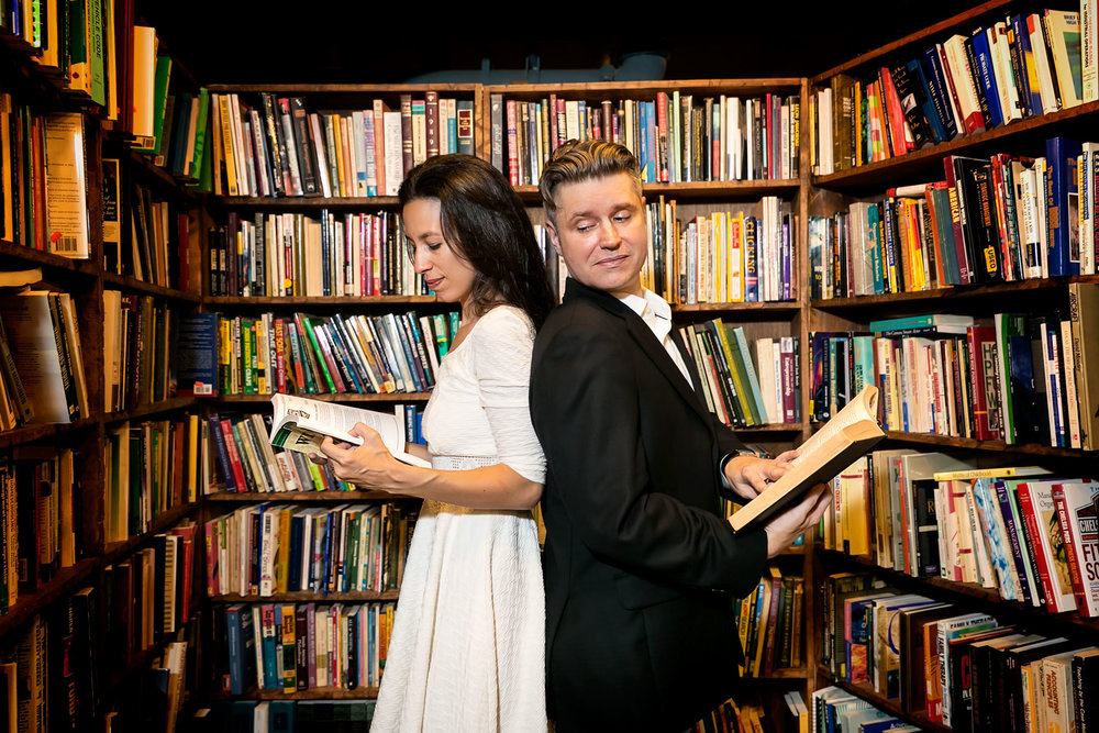 13-the-last-bookstore-wedding-photographer-engagement-session-photos.jpg