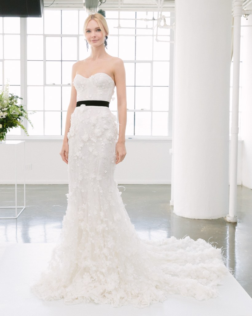 01-02-black-accents-wedding-dresses-marchesa.jpg