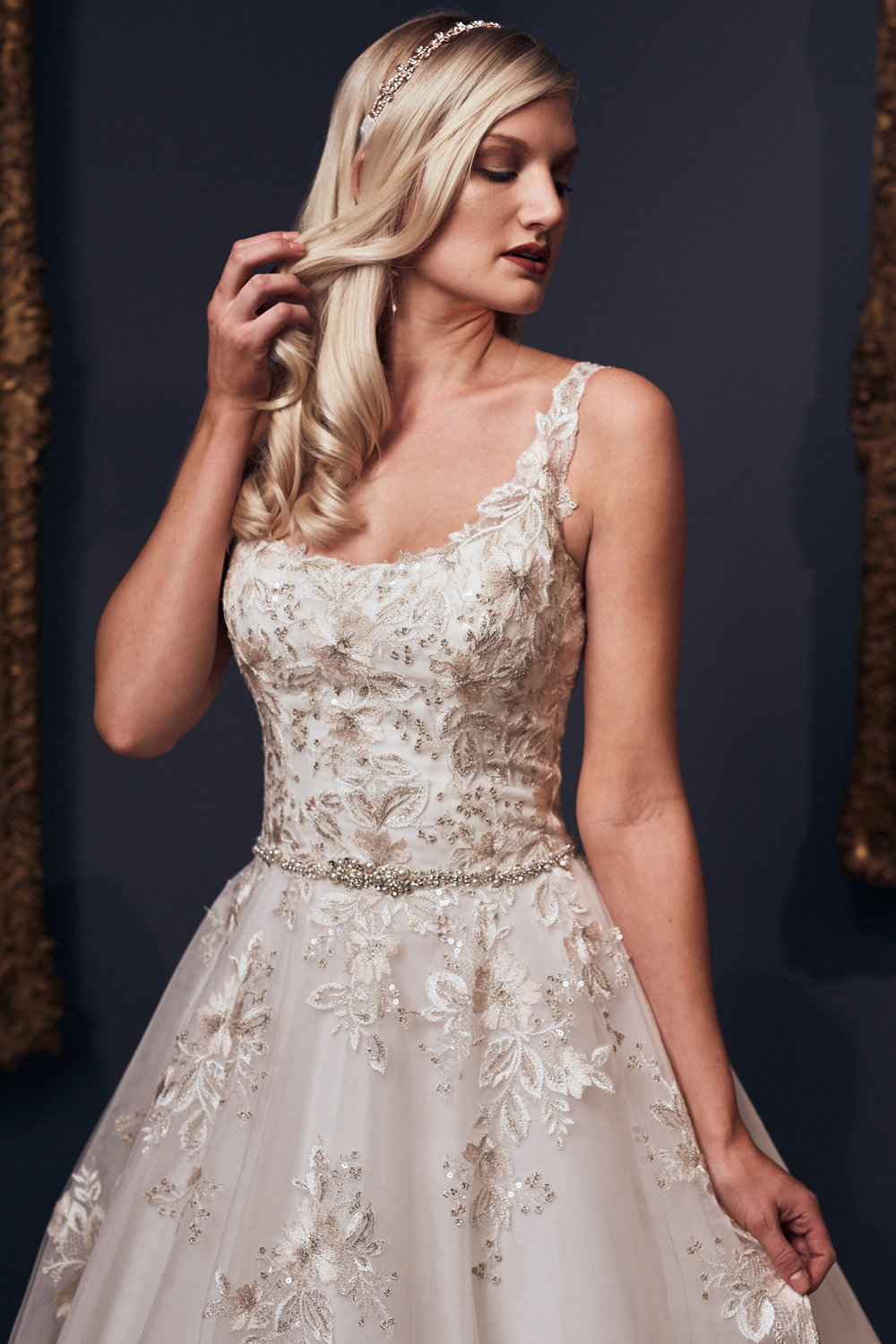 VT_Bridal_Fashion_20171218_Ryan_Noltemeyer_20_WEB.jpg