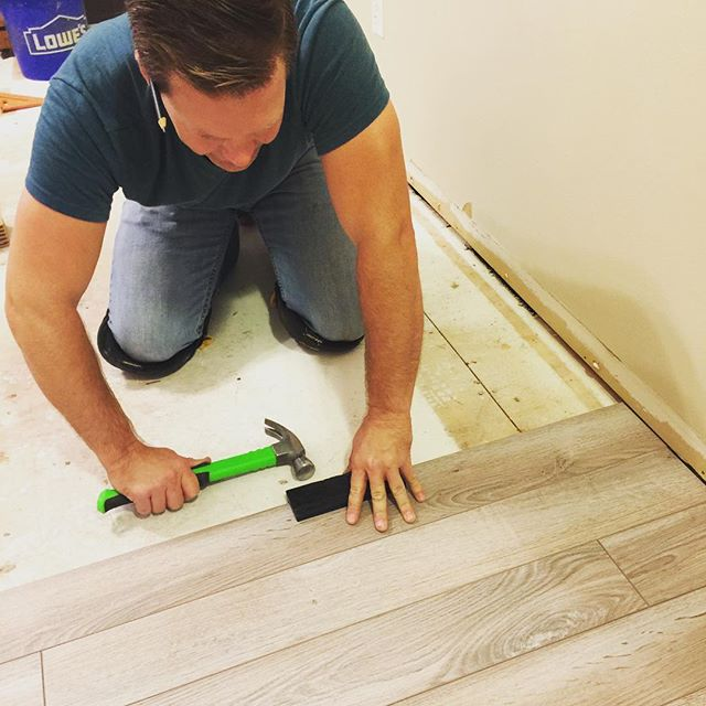 A busy weekend in KC for HHHome. Installing new wood floors today in a guest bedroom and nursery.  #creatingspacesthatsell #homerenovation #hhhome #byebyecarpet #delawarebaydriftwood