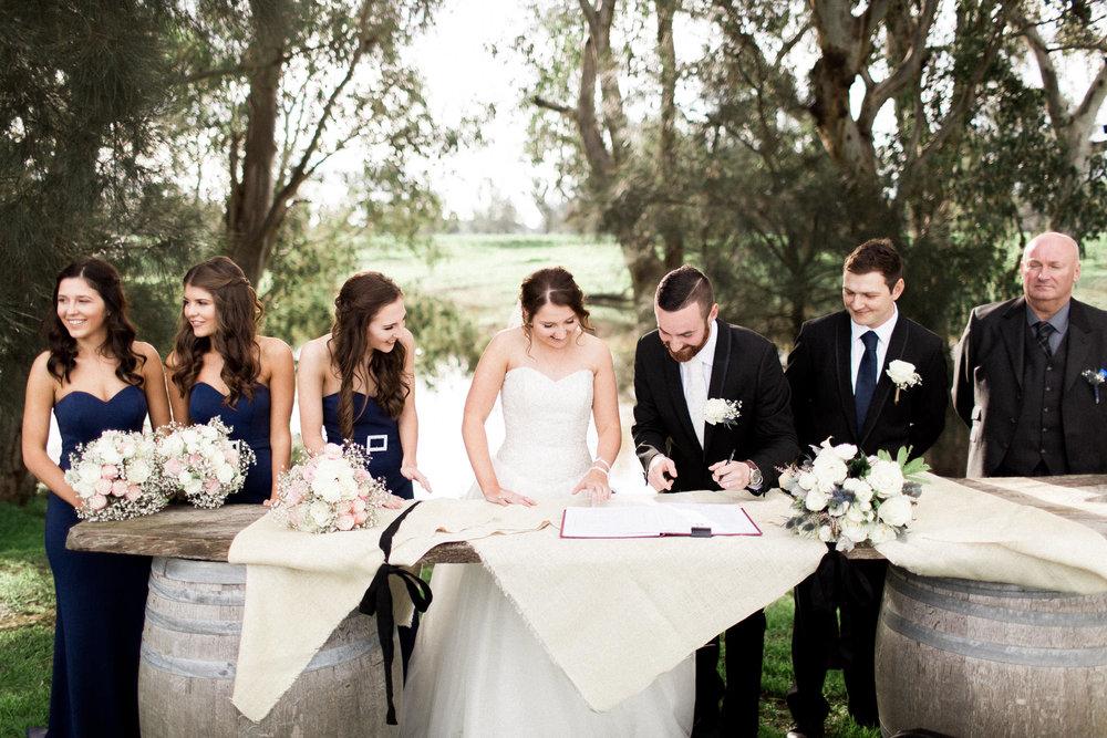 WeddingPhotos_Facebook_2046pixels-1295.jpg