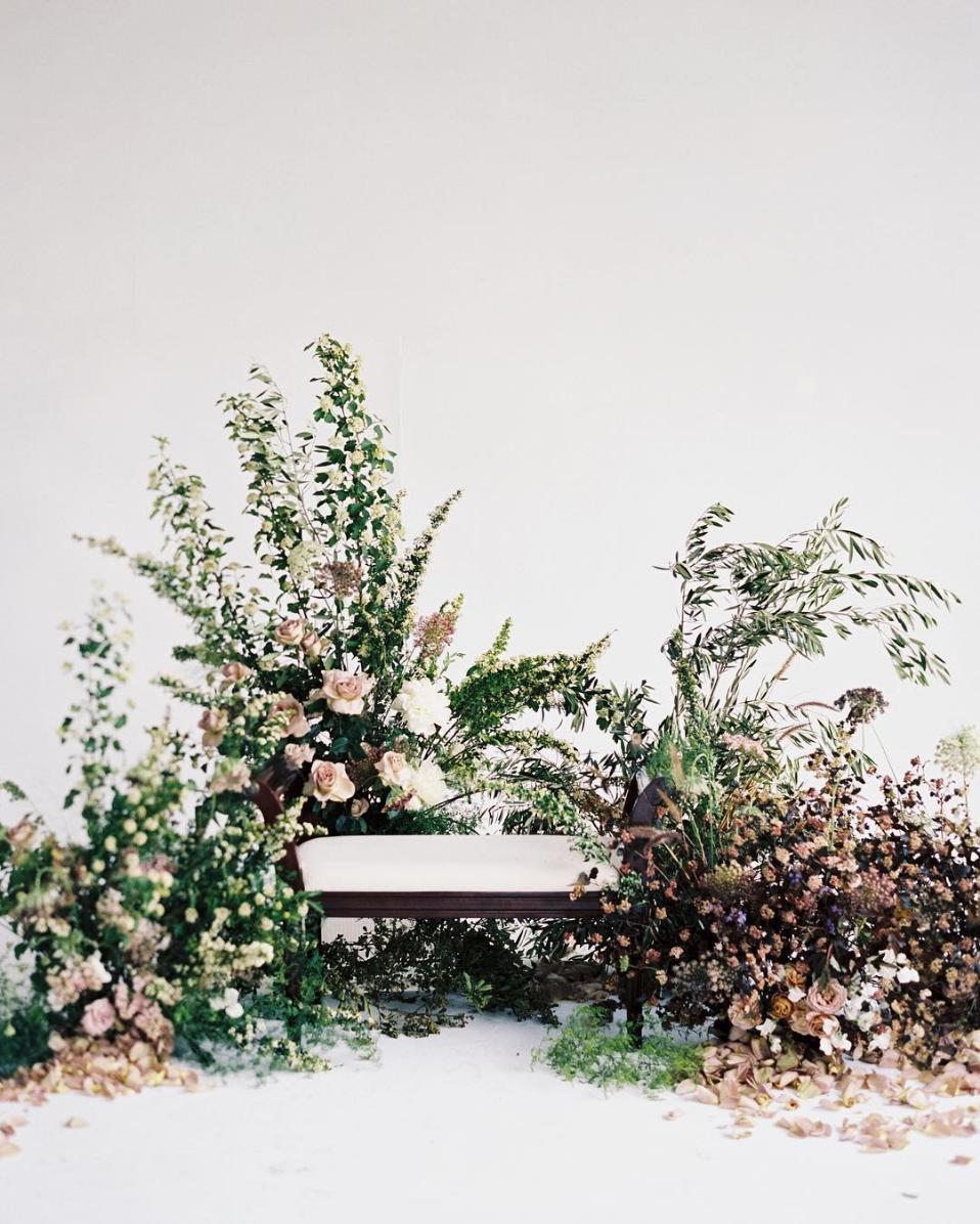 Photo by Luna de Mare Photography with floral design by Jenn Sanchez