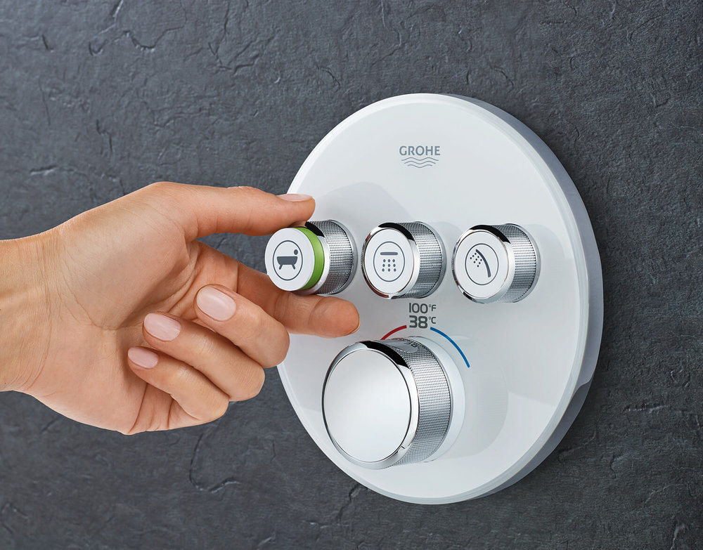 GROHE-SmartControl_with_Rapido_Smartbox-turn-dial.jpg