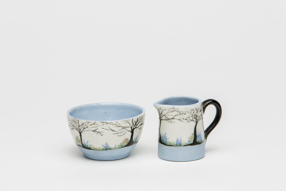 Jessie MacDonald, white and black designed china painted sugar jug and bowl, c. 1928. Jug: 4.9x4cm; Bowl: 3.8x6.5cm. Photograph by Sam Roberts.