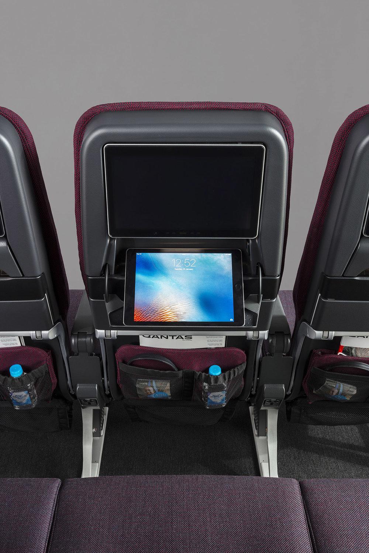 Caon_QF Seats_0A8A7818_DE.jpg
