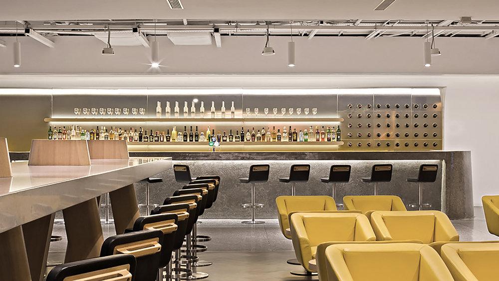 02 Q-Lounge-SIN-05.jpg