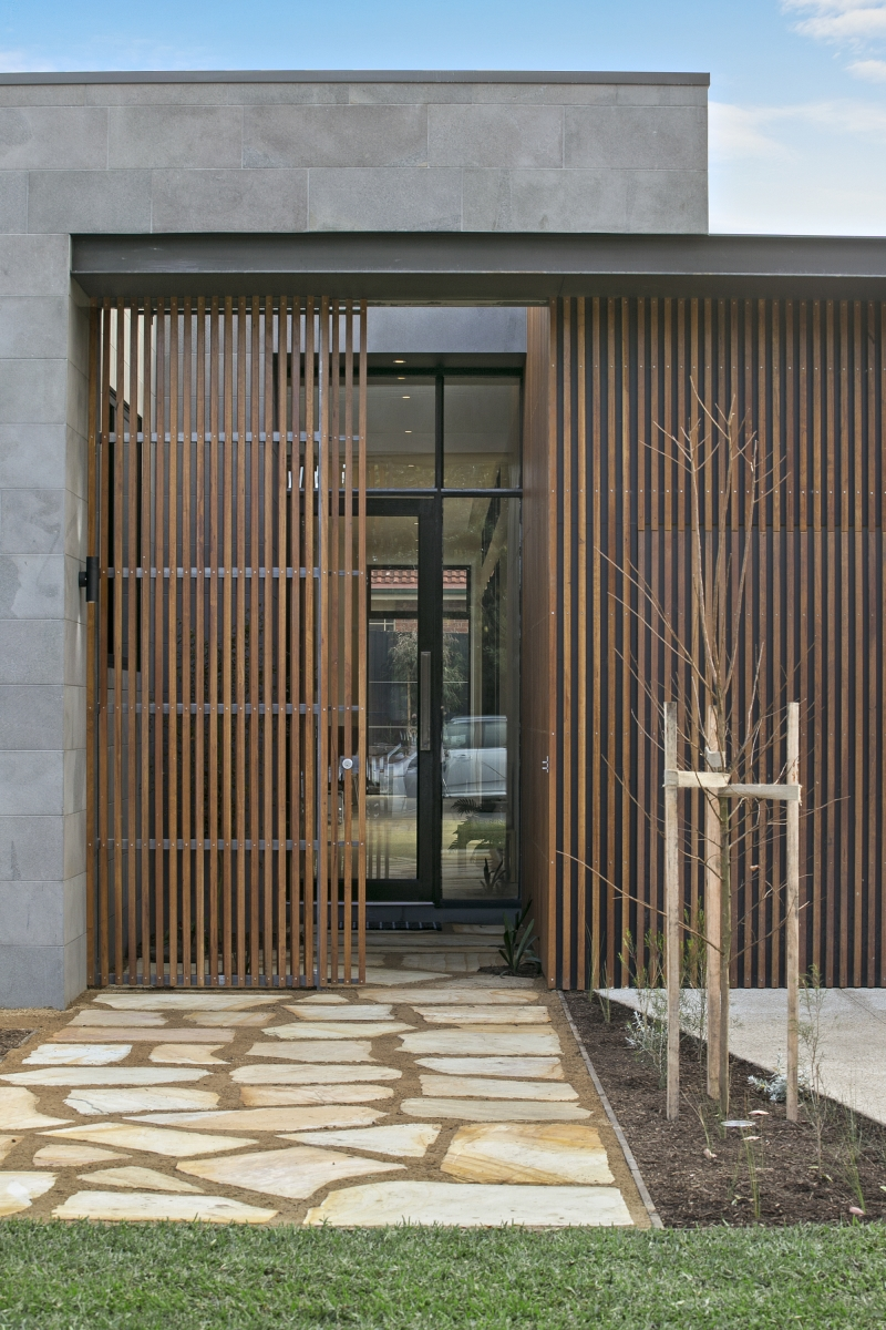 Courtyard House By Auhaus Architecture