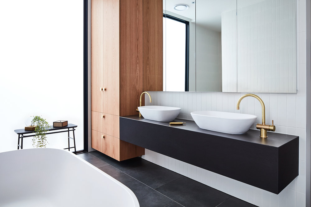 Lifespaces Group Courtyard House  master bathroom
