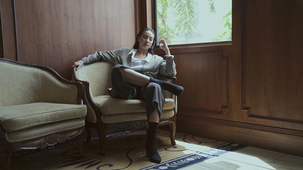 Shirt: Austere / Suit & boots: Zara