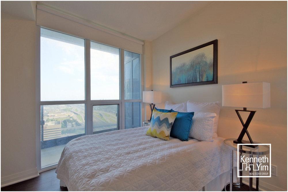 10 Second Bedroom.jpg