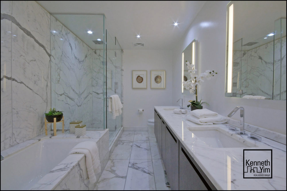 04 - Master Bath - IMG_1012_3_4.jpg