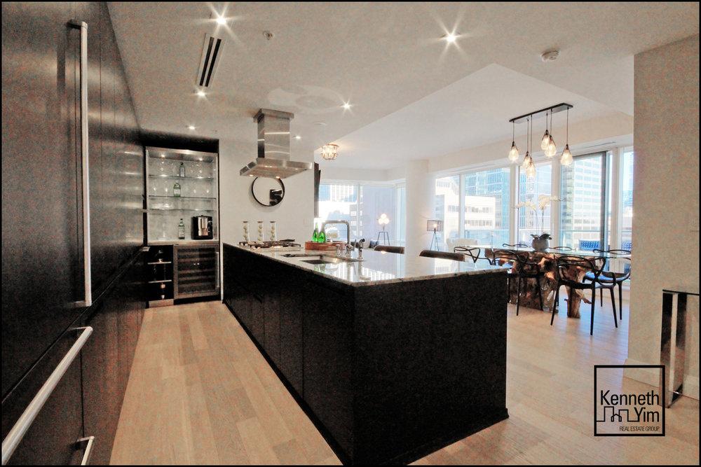 08 - Kitchen and Living - IMG_0967_8_9_tonemapped.jpg