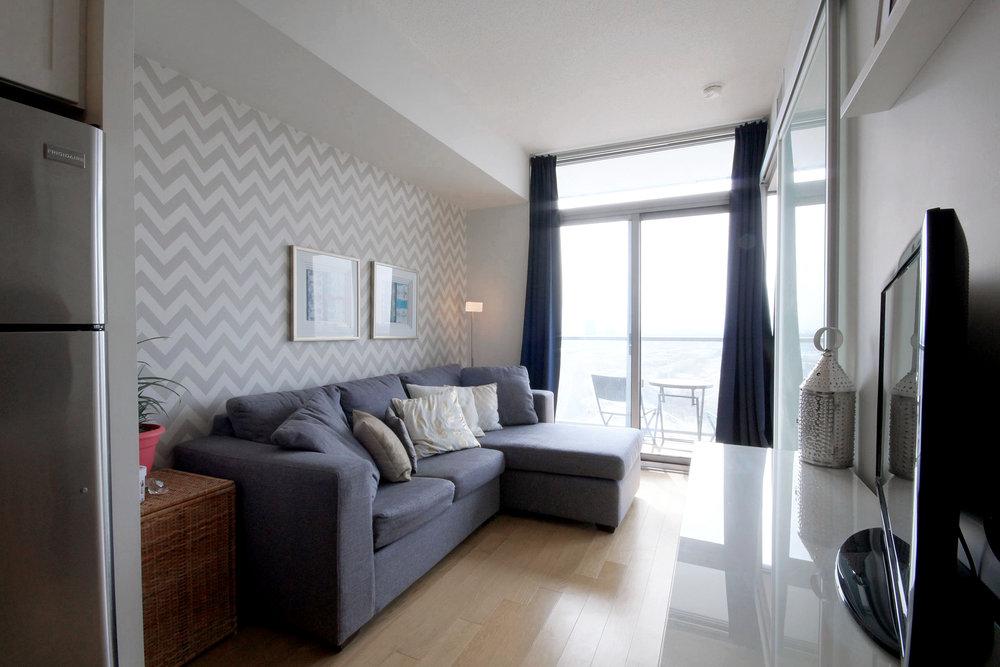 01 Living Room.jpg