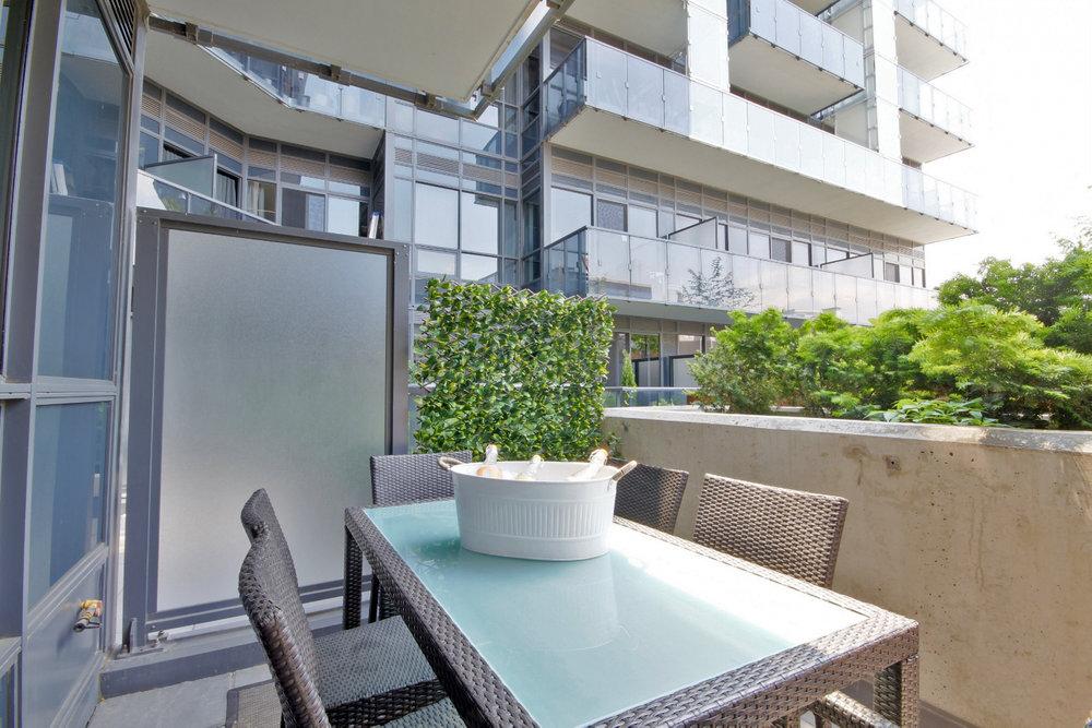 Terrace 5 Dining.jpg