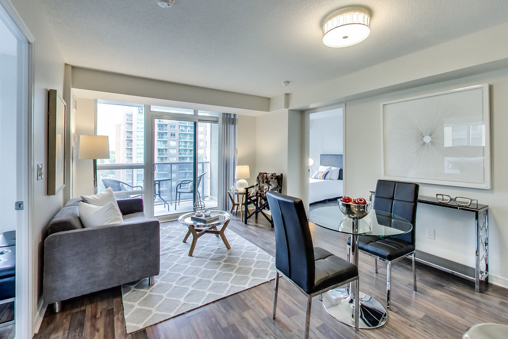 Spacious 2 bedroom and 2 bathroom corner unit at Palais at Port Royal Place! This Unit features an Open balcony with great view overlooking courtyard. Extras include stainless steel appliances (fridge, stove, dishwasher, microwave range hood), washer, dryer, existing light fixtures, existing window coverings, parking and locker