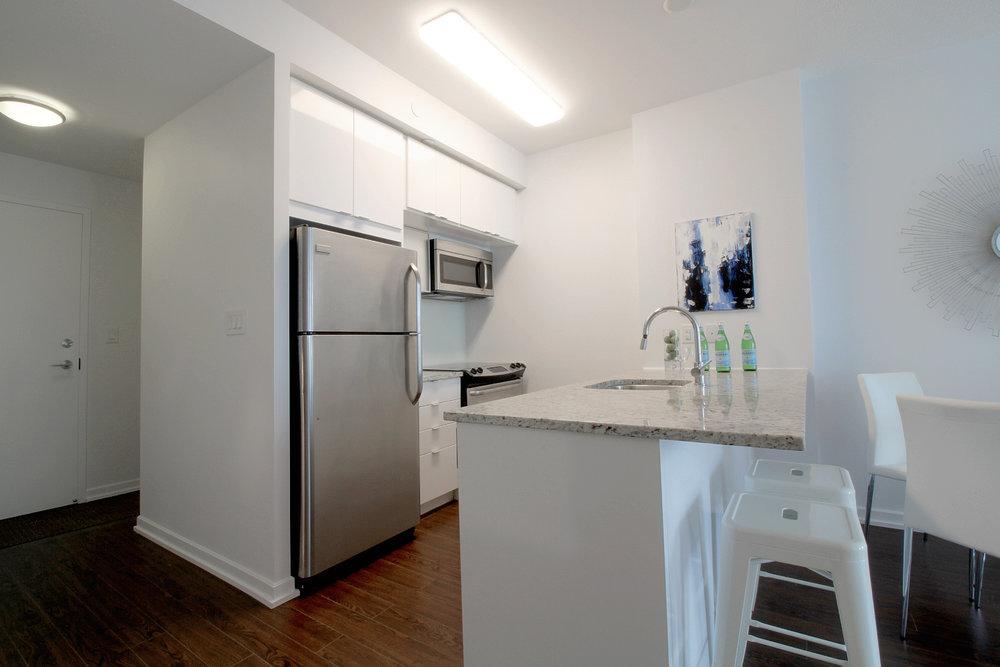 05. Kitchen.jpg