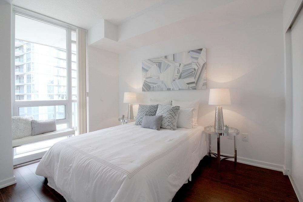 08. Master Bedroom.jpg