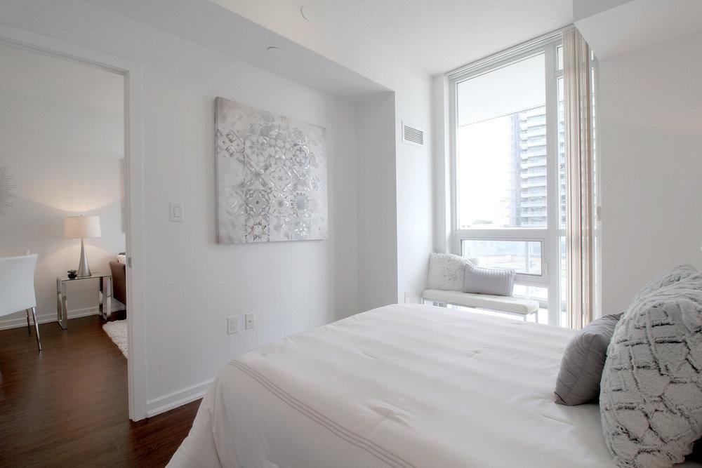 09. Master Bedroom.jpg