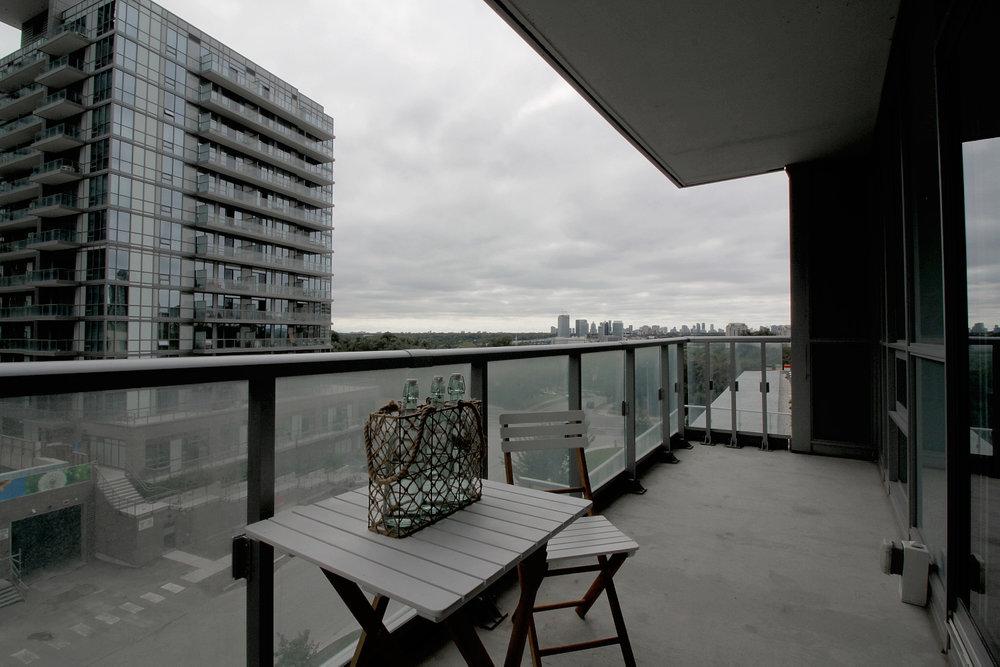 13. Balcony.jpg