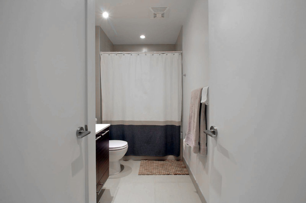 10 - Bathroom 1.jpg