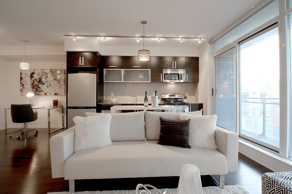 04 - Kitchen and living.jpg