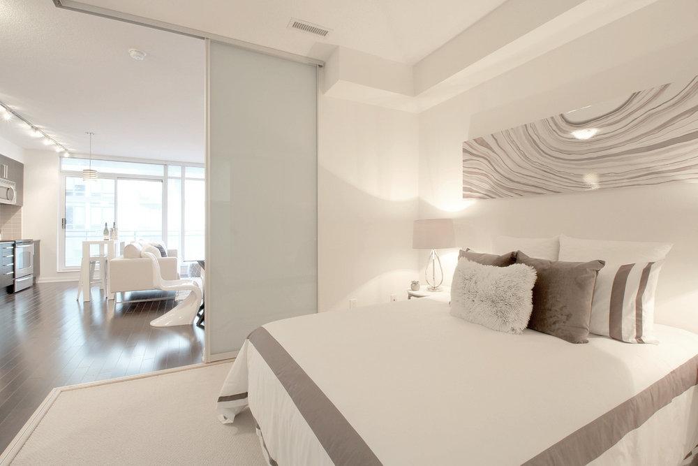 08 - Master Bedroom.jpg