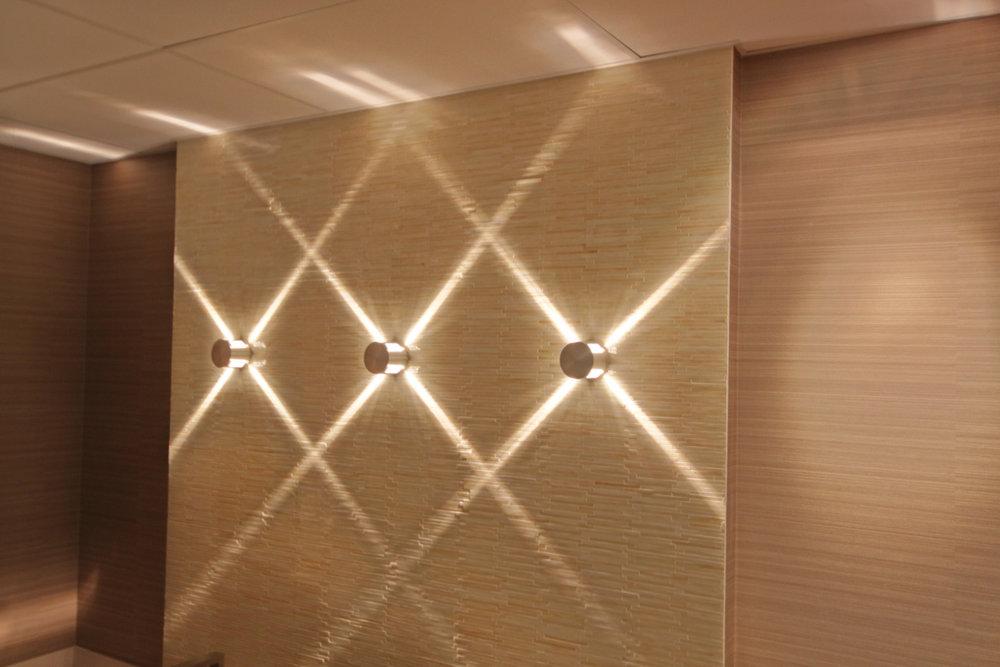 18 - Hallway Lights.jpg