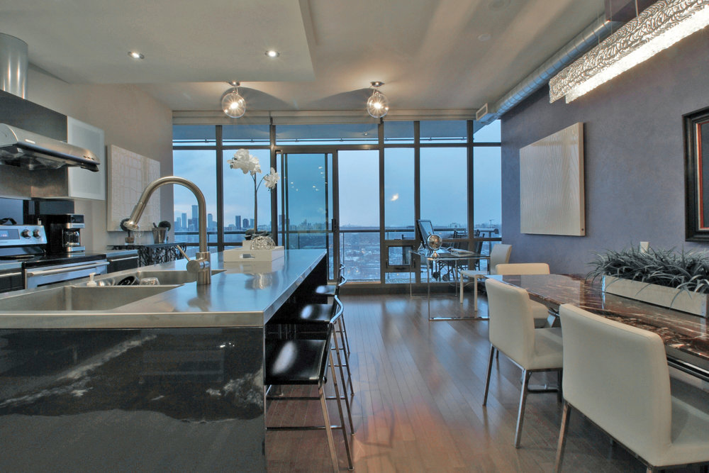 04 Living and Kitchen 5.jpg