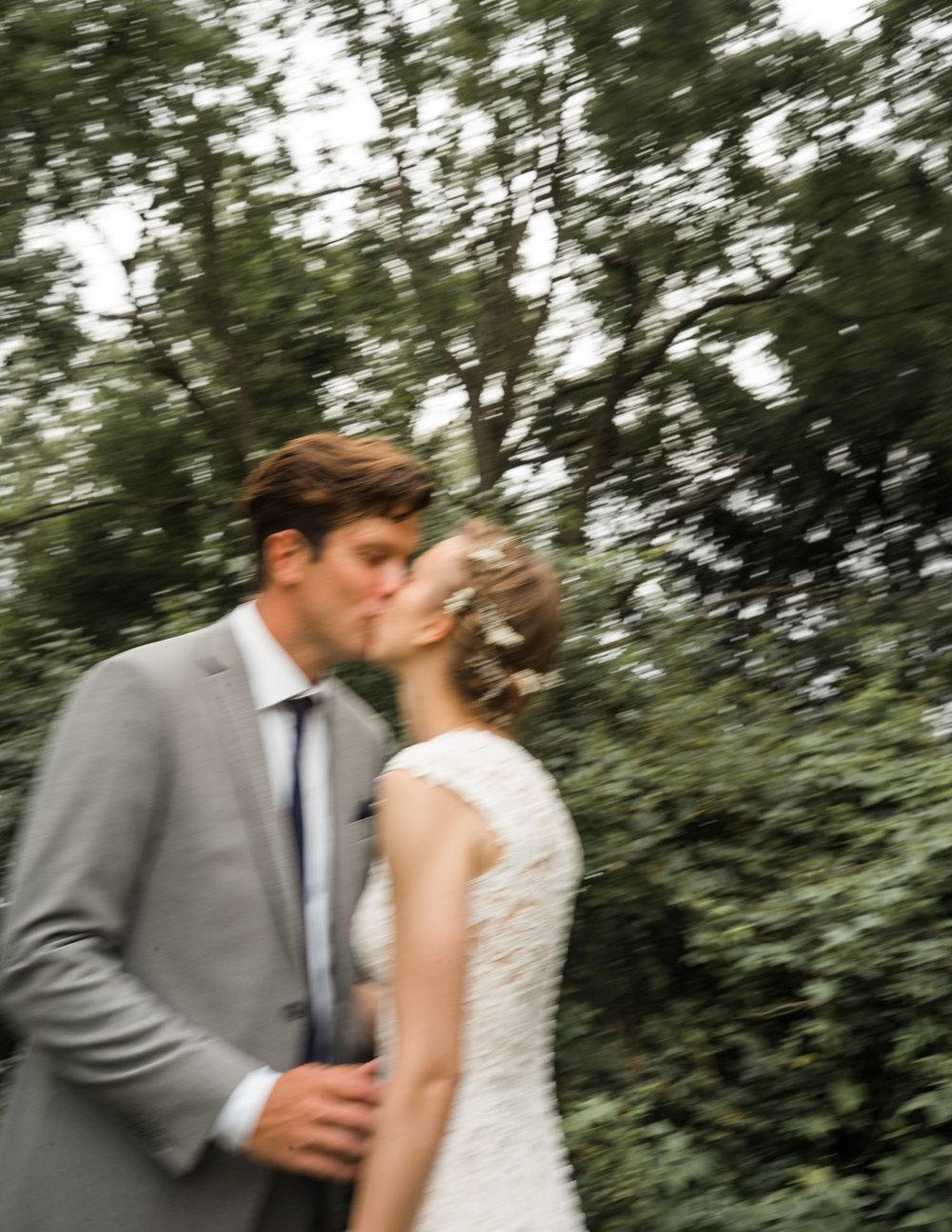 couple kissing-2.jpg
