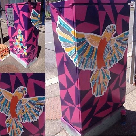 Here is one of the beautiful finished boxes by another of our commissioned artists, the talented Caitlin Poduska (@kty_dsgn), right near the Essendon train station for the Signals project! #mooneeart #mofproject #publicart